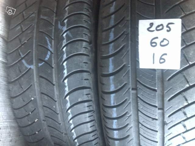 pneus occasions 205 60r16 h mont limar pneus discount. Black Bedroom Furniture Sets. Home Design Ideas